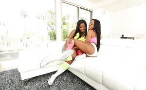 Ebony dimes Monique Symone and Anya Ivy lick each others pussy