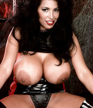 Angelique Latina Milf 62