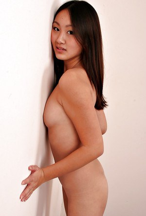 Amateur Asian solo girl Evelyn Lin baring tiny breasts while undressing