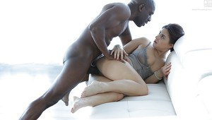 Pornstar Nikki Waine taking hardcore interracial fucking from BBC