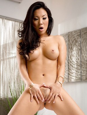 Gorgeous Asian babe Asa Akira exposing perfect pornstar ass and hairy pussy
