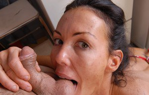Mature lady takes cumshot on nice ass after ball licking and blowjob action
