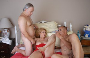 MMF granny threesome with old spunker Dana getting spit roasted