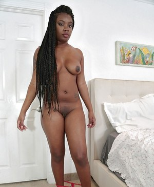 Chubby African first timer London Banks freeing big booty from lingerie