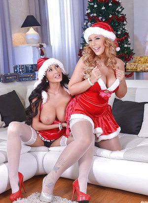 Busty stocking clad Euro dykes Kyra Hot and Patty Michova humping at X-mas
