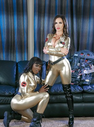Ana Foxxx and Nikki Benz have interracial MILF lesbian sex in boots