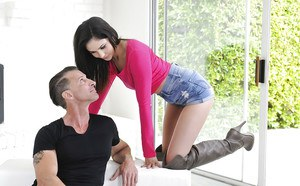 Pornstar Ariana Marie giving BJ in boots before hardcore hairy cunt fuck