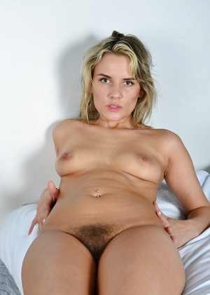 Mature blonde lady Regina displaying wide open butthole and beaver
