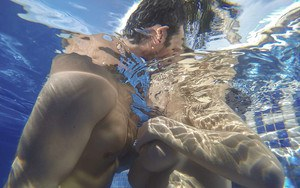 Martina Gold and boyfriend frolic underwater before anal sex by pool