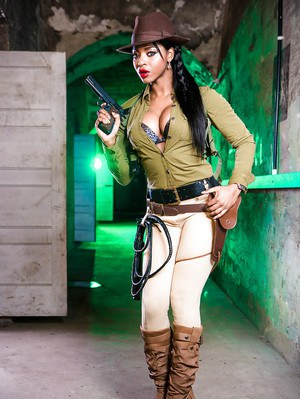Ebony solo model Jasmine Webb stripping out of cosplay outfit