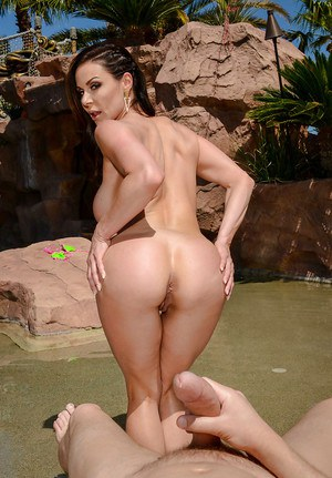 Busty wife Kendra Lust flashing MILF ass after removing bikini to give BJ
