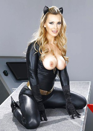 European MILF pornstar Tanya Tate loosing big tits from cat woman outfit