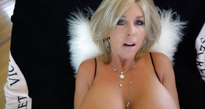 Housewife Sandra Otterson taking jizz on face after fucking in black nylons