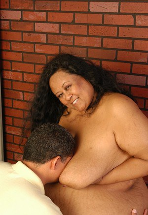 Obese Filipino lady Debrina sucking off cock after baring massive floppers