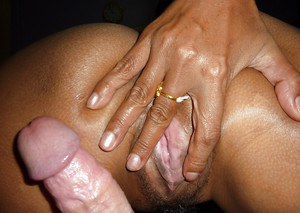 Thai sex worker Naa giving tongue licking BJ before intercourse and cumshot