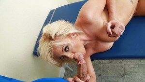 Blonde wife Parker Swayze vaunting round tits while fucking medical student