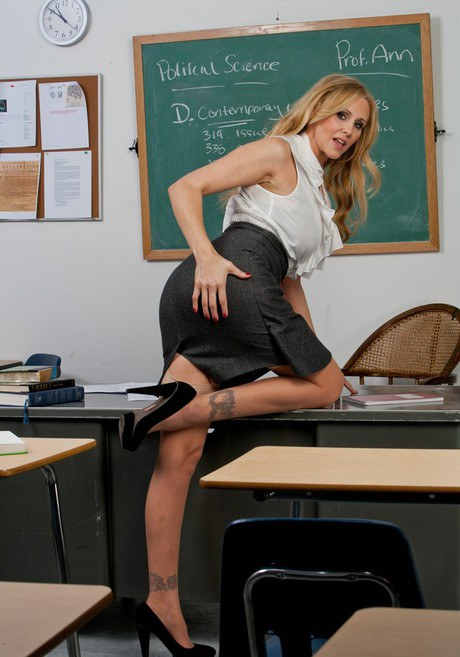 Seductive teacher in pantyhose Kimberly Kane stripping in the class  1236245