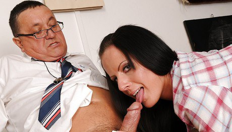 Glamorous young signorina Cora Thoughtless gets rapped hard-core by an oldman