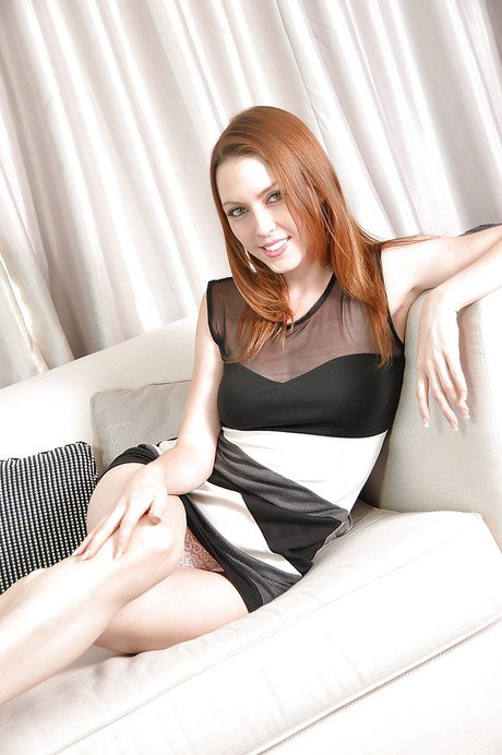 Smiley redhead sweetie Megan Loxx slowly uncovering her graceful curves № 709126  скачать