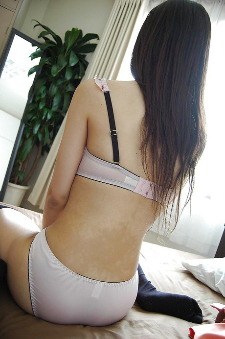 Asian solo girl Vicki Chase sliding panties aside and exposing clitoris  1584602