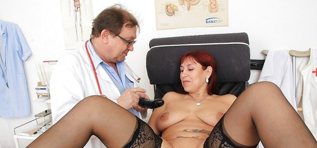 Awesome mature Darja achieves multitudinous climaxes in the infirmary