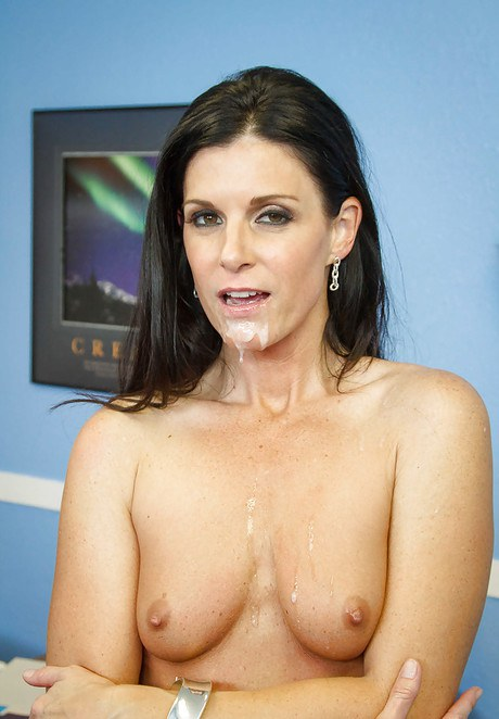Panther teacher India Summer is getting inserted in her piehole so offensive