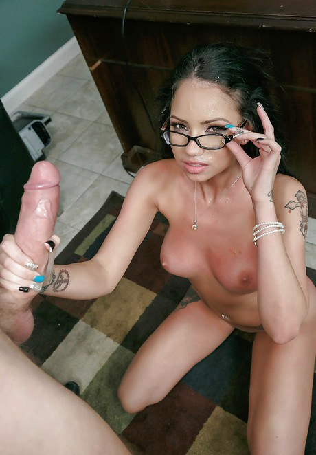 Nerdy office consort Raven Bay blows a big coworker prick at duty
