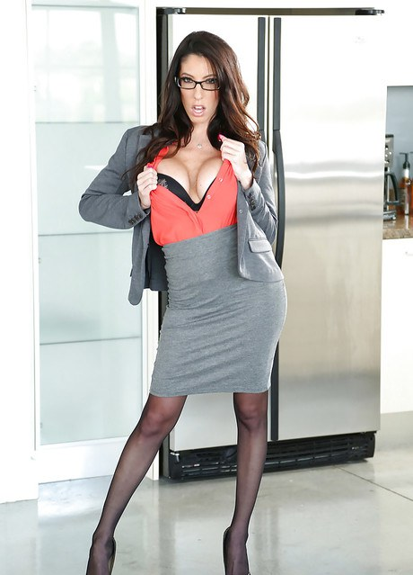 Brunette female Dava Foxx uncovers round tits and bush in tan stockings  355361