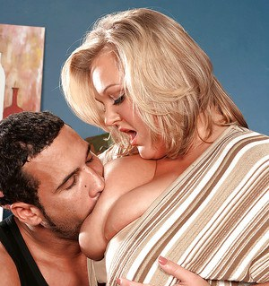 Blond bbw with great boobs Anna Kay gets fingered before giving a blowjob