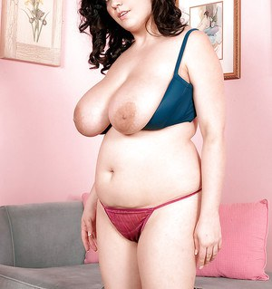 Cute fatty Trinity Michaels takes off jeans to show chubby tits and booty