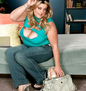 Chubby blond in tight jeans Brianna Falcone spreading legs and fondling fat tits