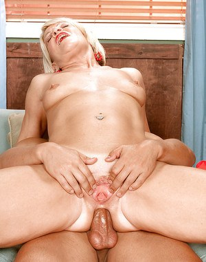 Miss Angelique Foxx sucking a huge cock to make it hard for her mature cunt