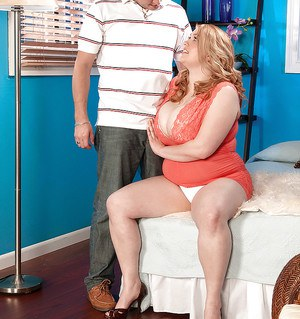 Big titted bbw on high heels Sadie Berry gets fingered after stripping