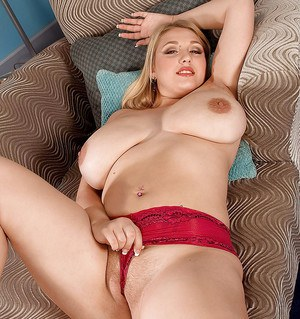 Delightsome bbw Shyla Shy flaunting her fat boobs and ass in solo shoot