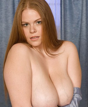 Lovesome Jessica Taylor takes off sleek shirt and reveals puffy boobies