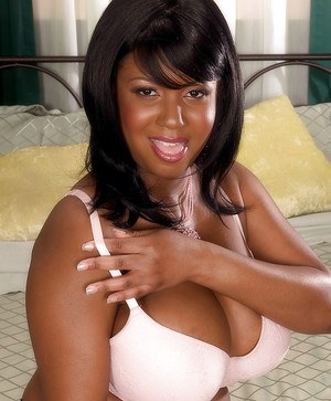 Smoking hot black BBW boob session with smooth ass Aileen Ghettman.