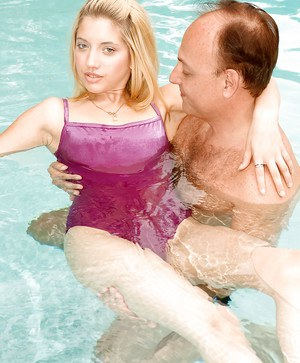 Old man stripping and fingering Chrissie Summers in the pool