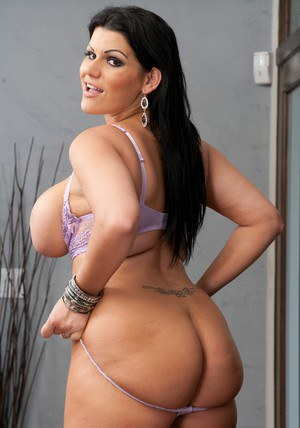 Sexiest Latin fatty of all times � irresistible Angelina Castro