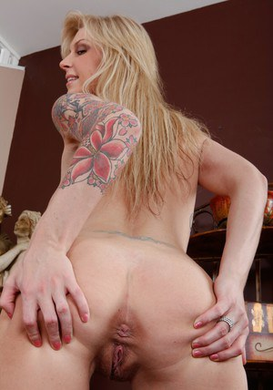 Milf Brooke Banner is the lucky owner of a terrific huge rack