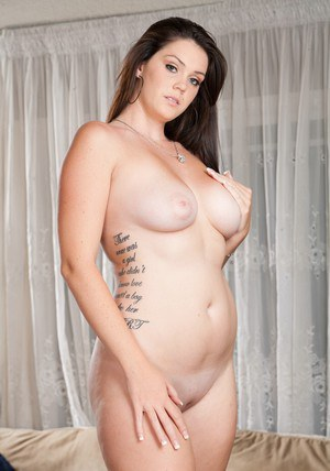 Lovesome wife Alison Tyler showing off fat breasts and plump booty