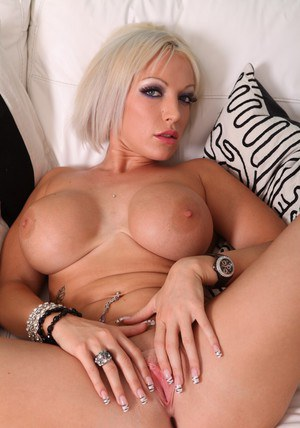 Truly gorgeous wife Brooke Jameson showing off shapely hooters