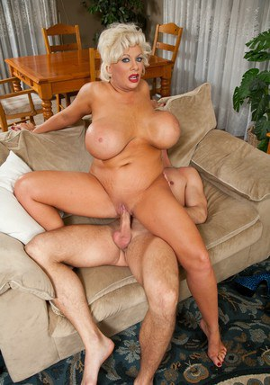 Busty mature Claudia Marie denudes BBW boobs and fucks hardcore