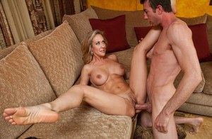 Busty MILF Brandi Love enjoys fucking enormous cock with her cunt