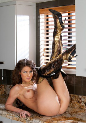 Lovesome wife Jenni Lee stripping nude and posing in golden boots