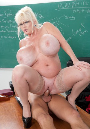 Mature teacher Kayla Kleevage getting fucked in her fatty butt