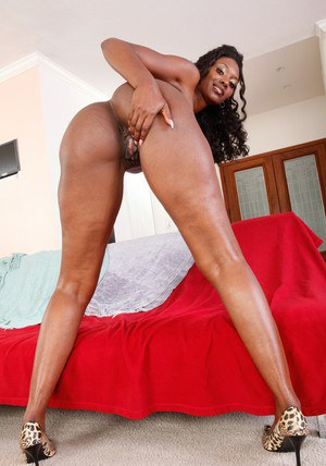 Ebony MILF teacher Nyomi Banxxx stripping from leopard lingerie