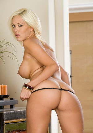 Shapely wife Jenny Hendrix stripping from black lacy lingerie