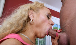 Busty mom Echo Valley gets her cunt shafted hardcore and tits jizzed