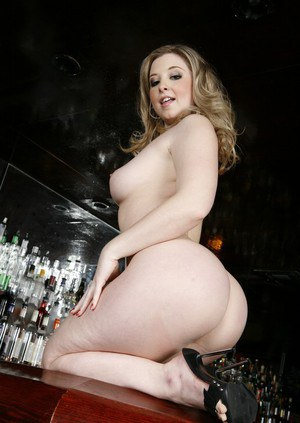Sexy BBW wife Sunny Lane showing off big ass and tight pussy