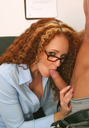 Sexy MILF teacher in glasses Kitty Caulfield fucking two cocks at once